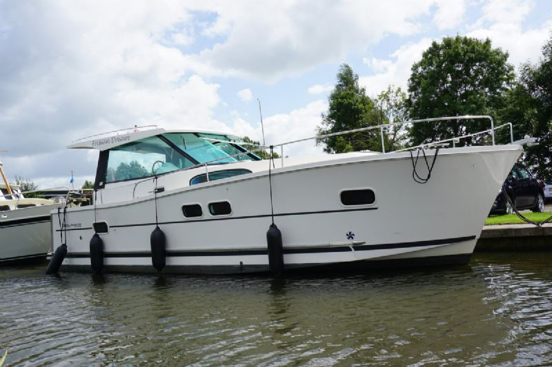 De Hoek Watersport - Motoryachten