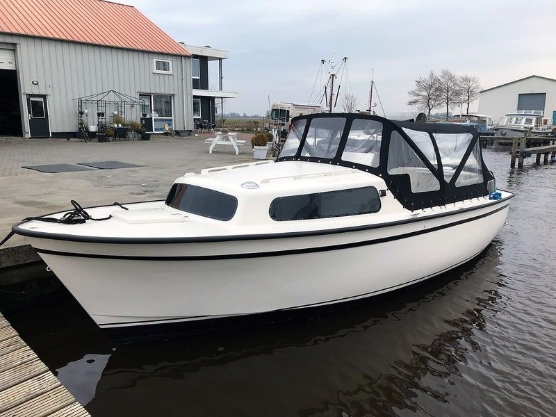 Recreatiecentrum Sneek - Motoryachten
